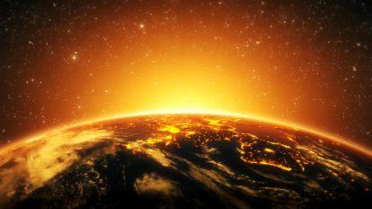 فوتیج کلوزاپ حرکت وضعی زمین در مقابل خورشید