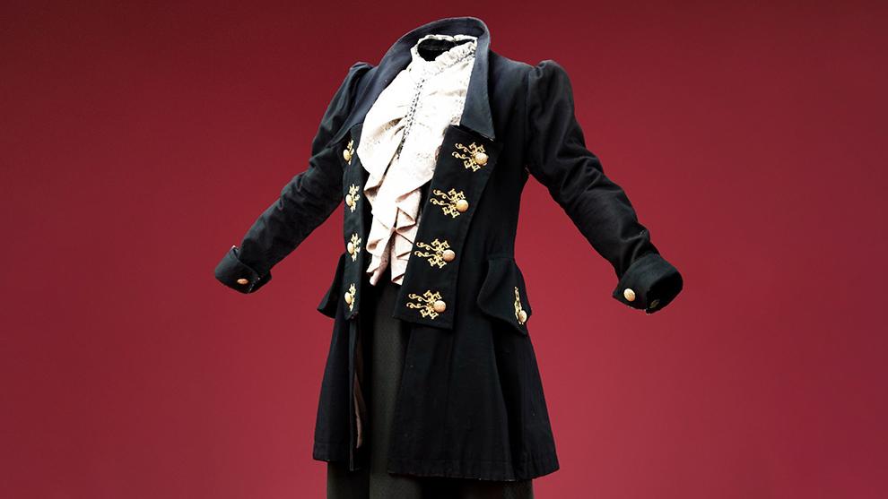 مدل سه بعدی کت و لباس قدیمی اروپایی Fancy Dress and Coat